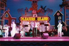 Orch Exito at Pleasure Island 1993  400dpi_20160823_0001 FIXED-2